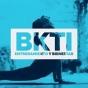 Logo empresa: bhakti. entrenamiento y bienestar