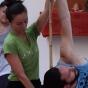Logo empresa: guruji yoga