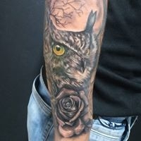 Logo empresa: yate tattoo artist
